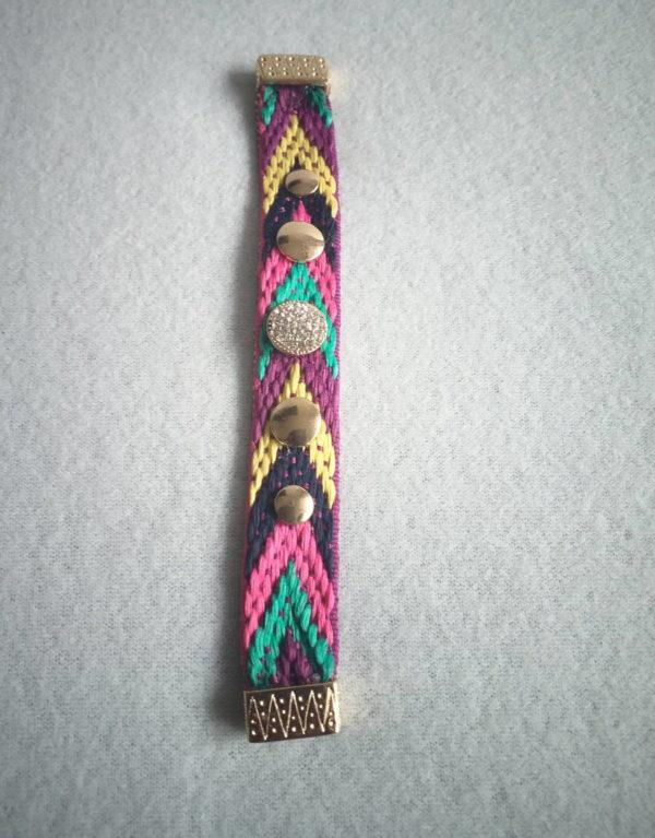 Bracelet africain en fil tissé