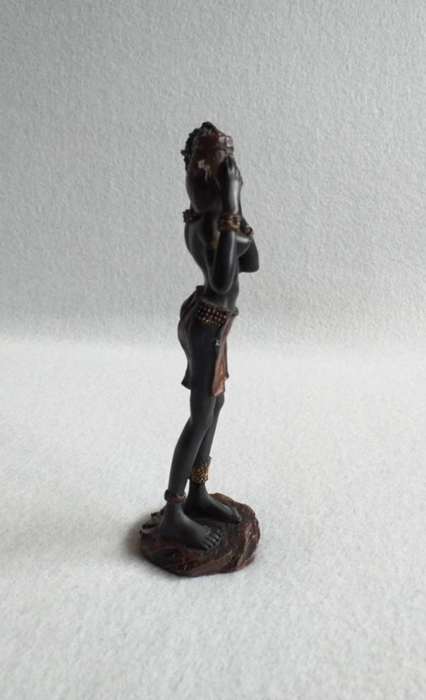 Figurine femme africaine imitation bronze