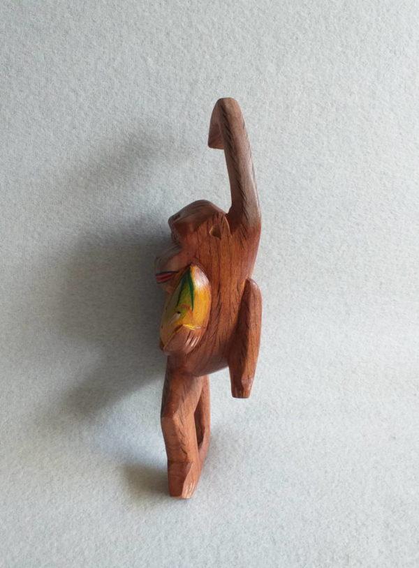 Singe en bois à accrocher