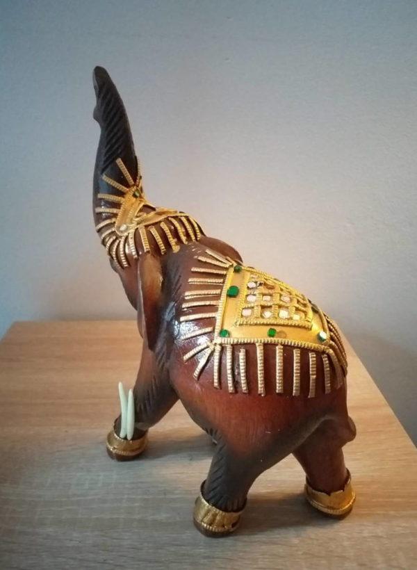 Statuette d'éléphant en bois