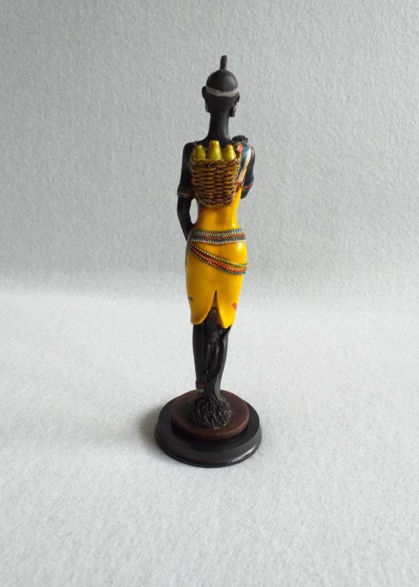 Statuette femme africaine noire et jaune en résine