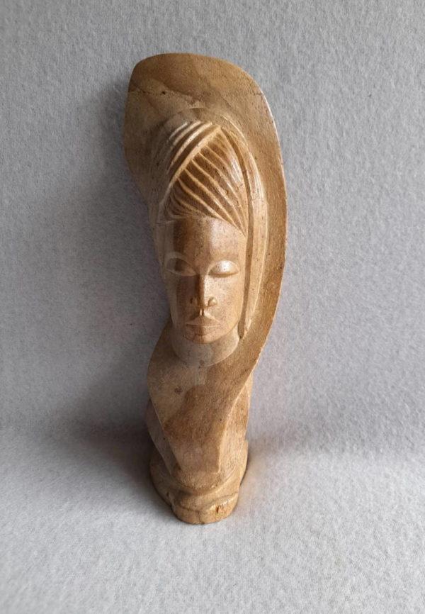 Sculpture africaine en pierre de Mbigou du Gabon